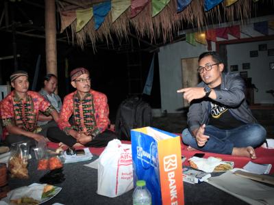 smart camp bersama perpuseru di kampung inggris pemalang